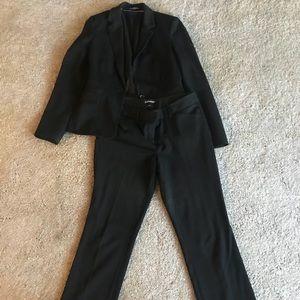 Express Black suit